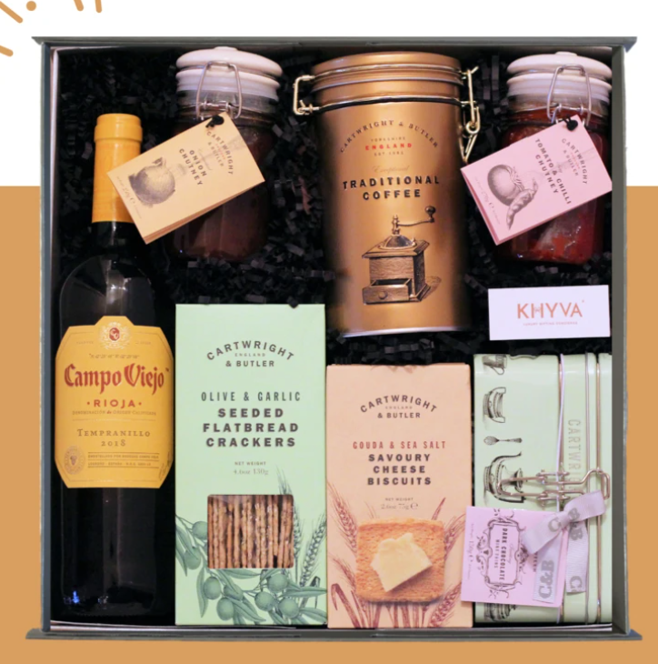Wine and Cheese Gift Set gift set for customers